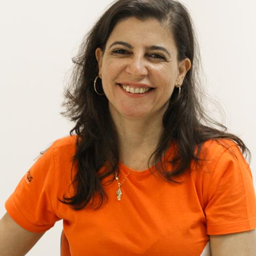 Andréa Paula Gamberini Benes